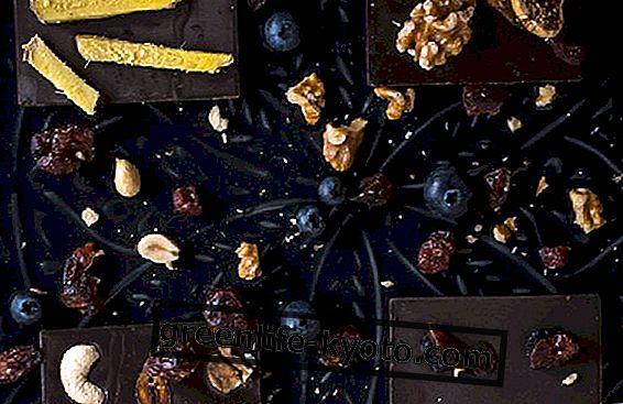 Neapstrādāta kakao un Moringa: kādas ir šīs brīnišķīgās neapstrādātās šokolādes īpašības?