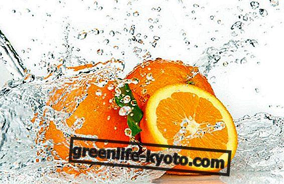 Apelsiner, dyrbara allierade.  Rollen av C-vitamin