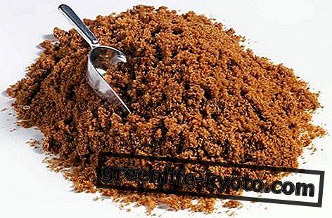 Seluruh gula tebu: sifat, kalori, nilai pemakanan