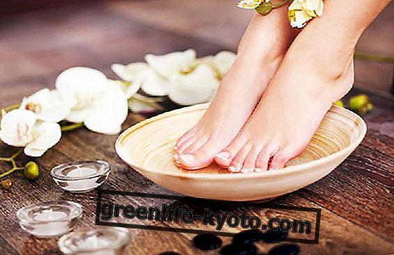 Aceites esenciales para el cuidado de los pies.