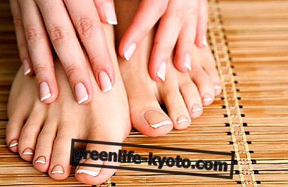 Aceites esenciales para el cuidado de las uñas.