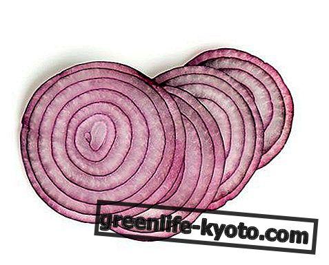 Onion essentiële olie: eigenschappen, gebruik en contra-indicaties