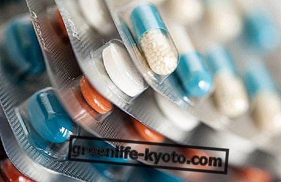 Přestaňme brát antibiotika jako cukroví: všechna rizika