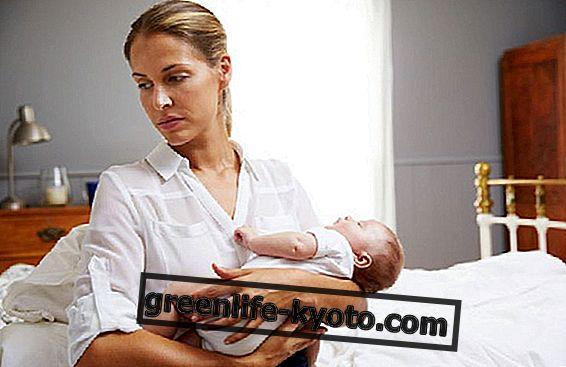 아기 블루스와 산후 우울증 : 자연 요법을 다루는 법