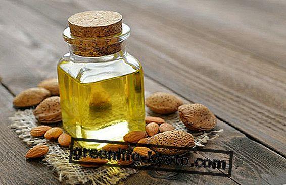 Saldā mandeļu eļļa zarnām