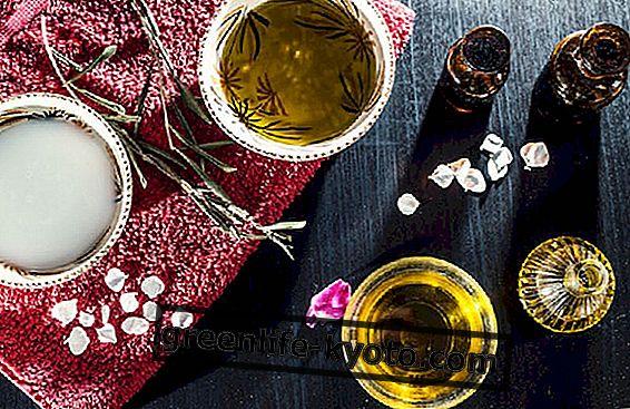 Mengsels van etherische oliën voor droge gezichtshuid