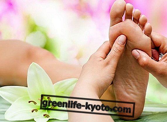 Plantární reflexologie proti menopauzálním poruchám