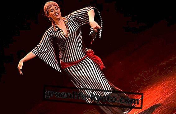 Холистичен танц на корема: интервю с Амалия Дел'Акуила
