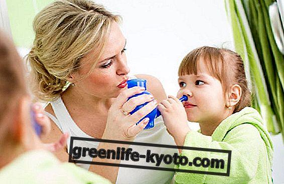Как да приготвим физиологичните за миене на носа у дома