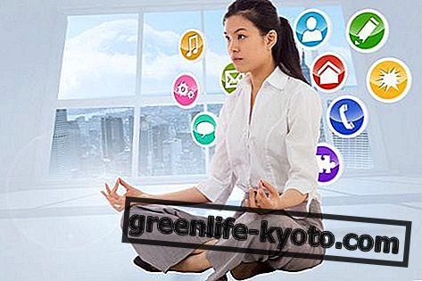Meditasi dalam talian: teknik dan faedah