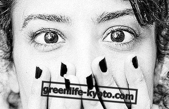 Njega na prstima uz refleksologiju lica