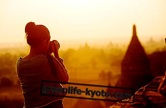 9 월 27 일은 제 36 회 세계 관광의 날입니다.