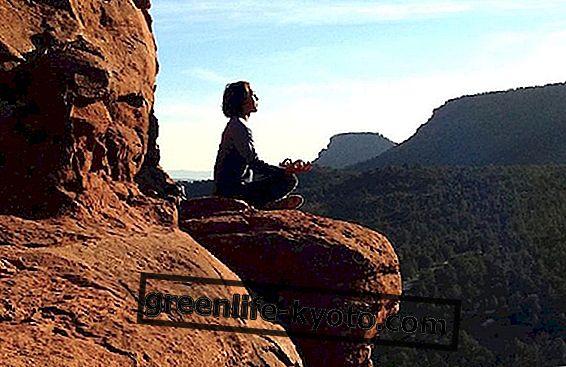 Yoga melawan stres