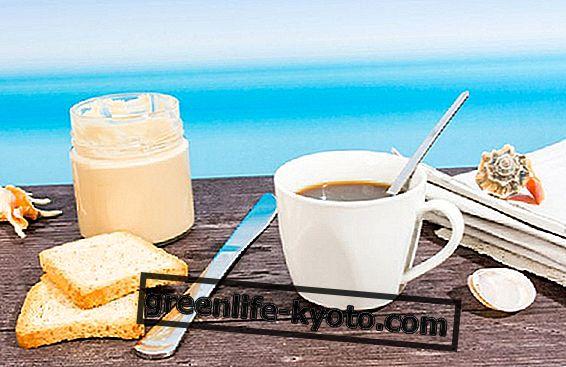 Snídaně na dovolené, které potraviny dávají přednost moři