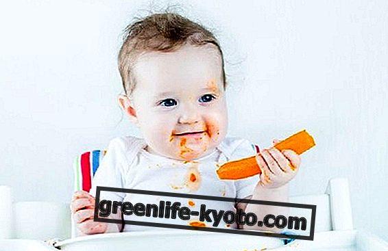 Как да научим децата да се хранят сами