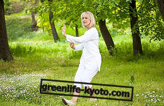 Tai chi para aliviar trastornos de la menopausia