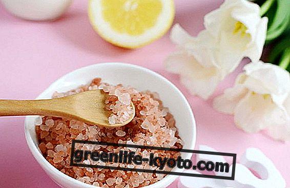 Cellulite: chà muối có thể giúp